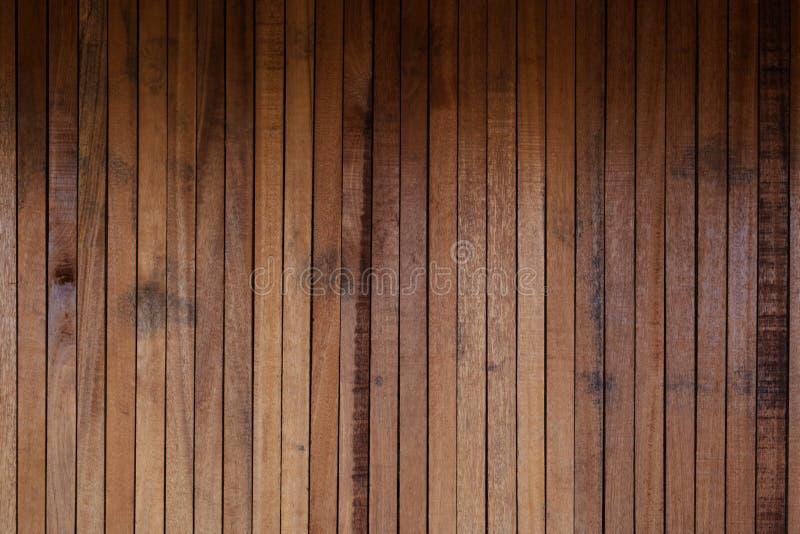 Сырцовая древесина, деревянная slatted загородка или предпосылка стены решетины стоковое фото