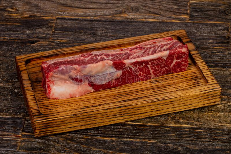 Сырцовые нервюры стейка говядины короткие стоковые фотографии rf