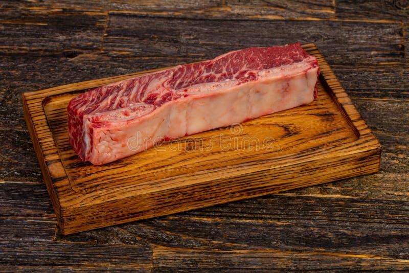 Сырцовые нервюры стейка говядины короткие стоковые фото