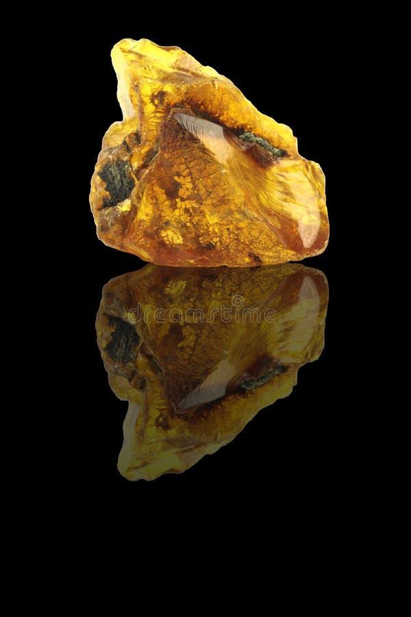Download Сырцовый янтарь стоковое изображение. изображение насчитывающей closeup - 37927349