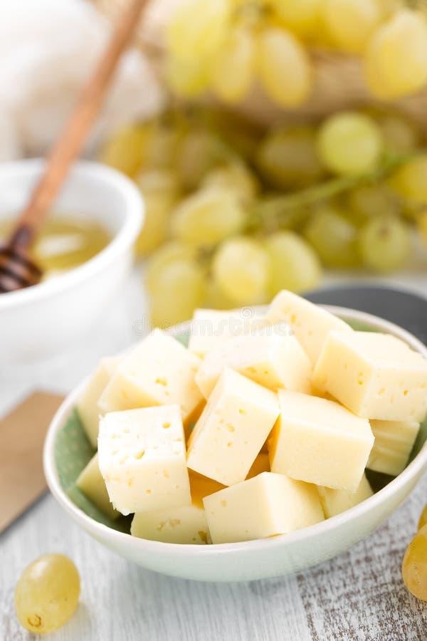 Сыр и виноградина стоковая фотография rf
