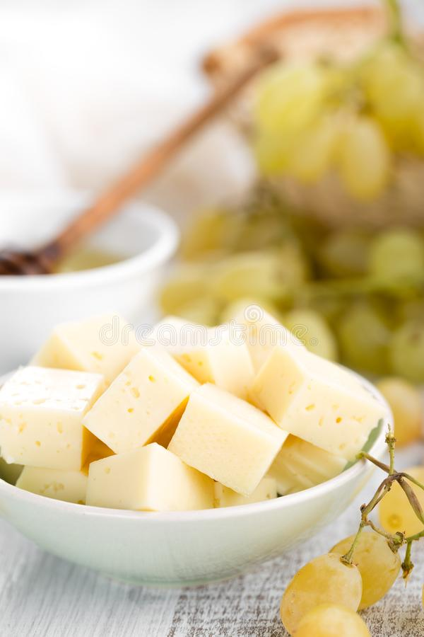 Сыр и виноградина стоковое фото rf