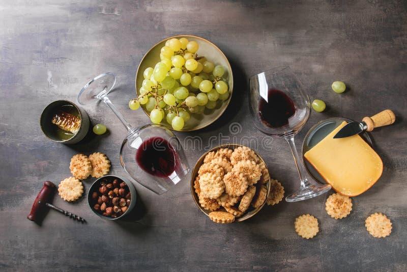 Сыр и закуска виноградин стоковые изображения rf