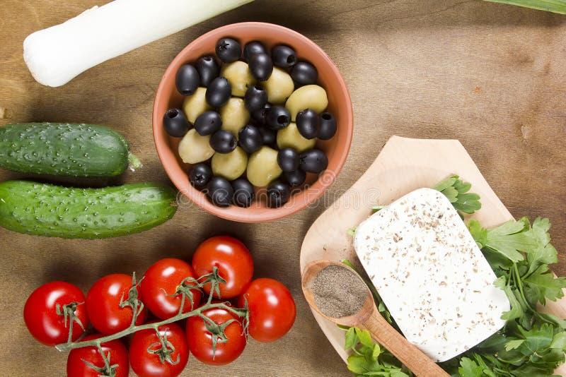 Сыр и травы фета стоковые фото