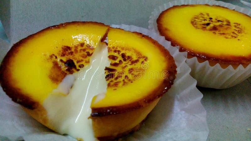 Сыр пропуская вне от мягко пирога стоковые изображения rf