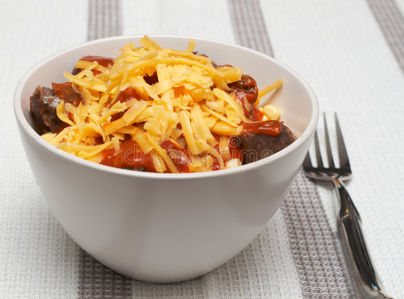 сыр семенит томат соуса макаронных изделия стоковое фото rf