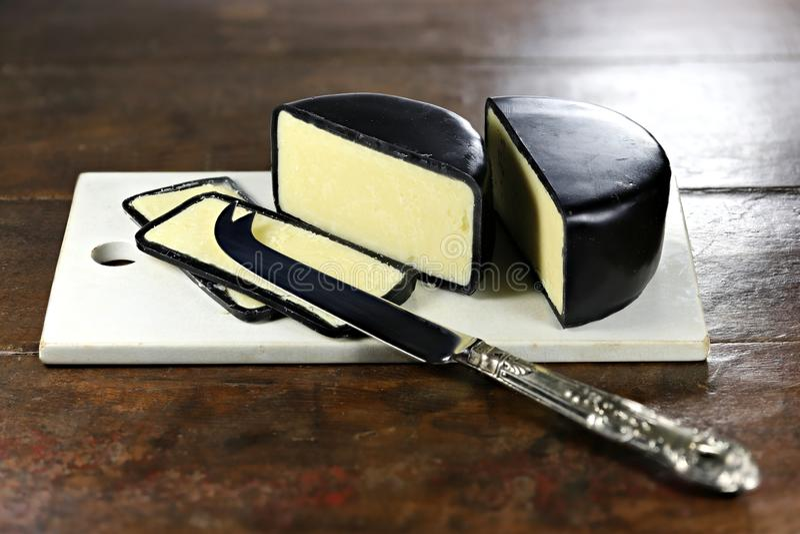 Сыр чеддера стоковая фотография