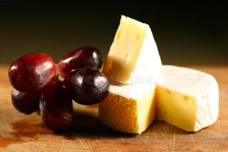 сыр brie стоковое фото rf