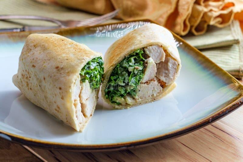 Сэндвич обруча цезаря цыпленка стоковая фотография rf