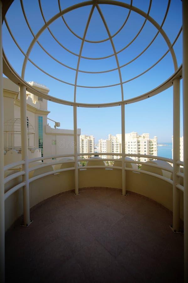 Download Славный интерьер современного балкона Стоковое Изображение - изображение насчитывающей зодчества, конкретно: 40575009