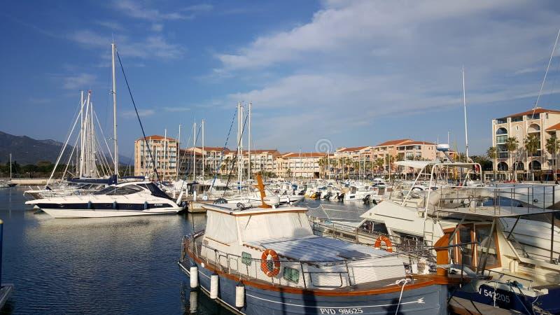 Славный порт sur Mer Argelès стоковое изображение