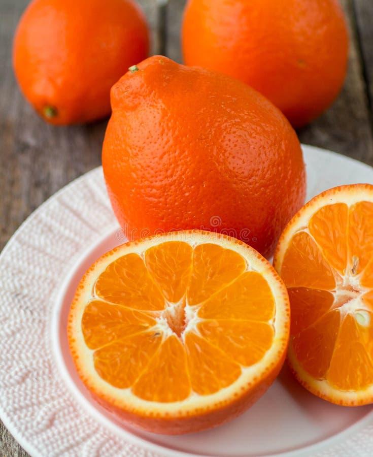 Сладкие апельсины приносить (mineola) стоковые изображения