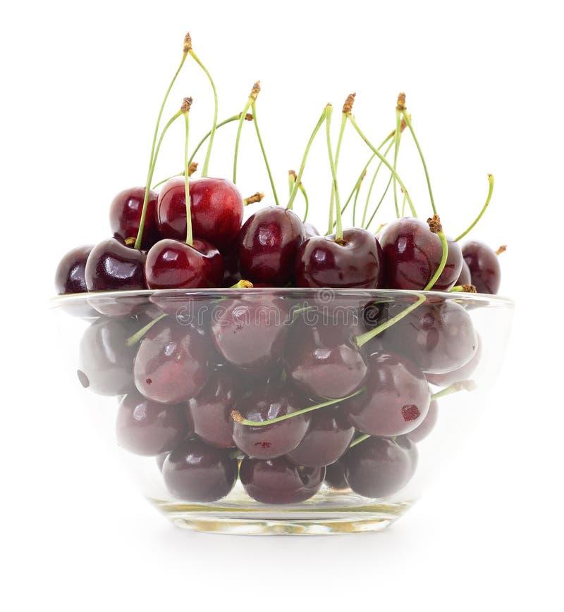 Сладостные вишни в вазе стоковые изображения
