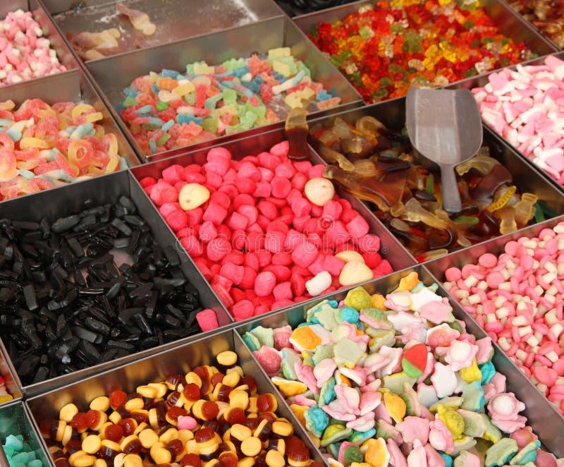Download Сладостные конфета и кондитерская для продажи на рынке Стоковое Изображение - изображение насчитывающей просвирняк, детство: 37927705