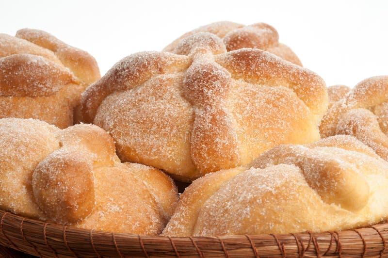 Сладостный вызванный хлеб (Лоток de Muerto) стоковая фотография rf