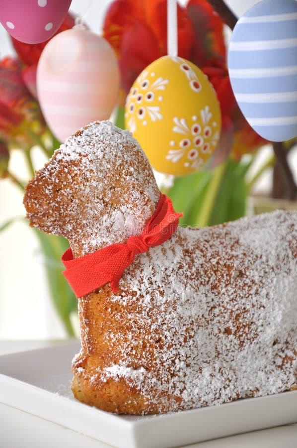 Сладостный торт овечки пасхи стоковое изображение rf