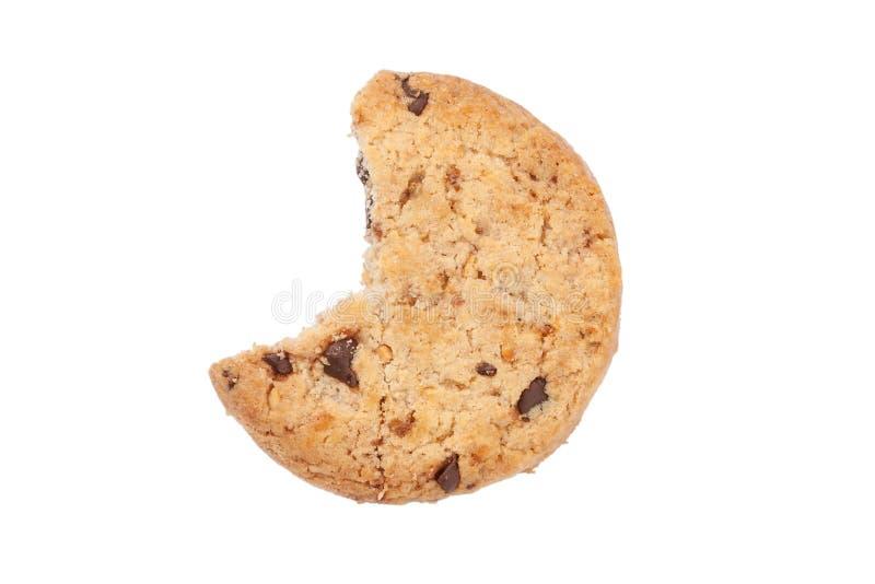 Сдержанное изолированное печенье обломока шоколада стоковое фото rf