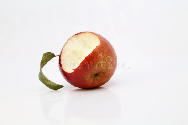 Сдержанное красное яблоко стоковая фотография rf