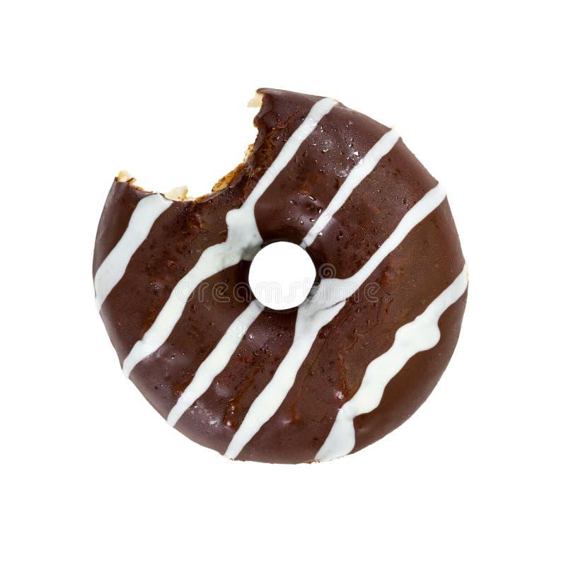 Сдержанный донут шоколада изолированный на белой предпосылке стоковое фото rf