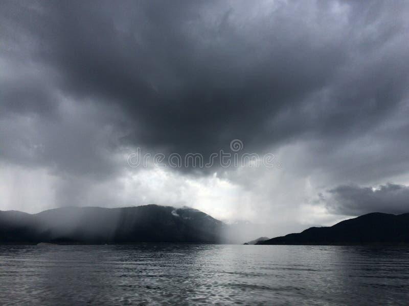 Следующий шторм стоковая фотография