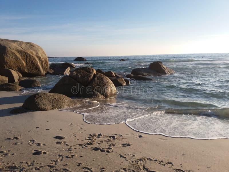 Следы ноги в песке стоковые изображения rf