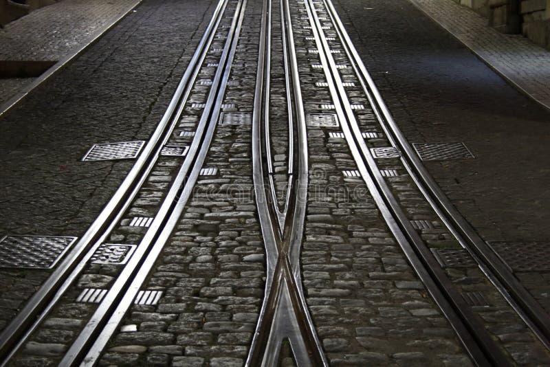 Следы трамвайной линии Лиссабона стоковое фото rf