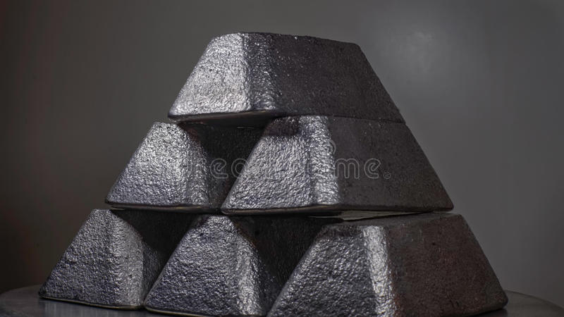 Слитки в олове/серебре/руководстве стоковое фото