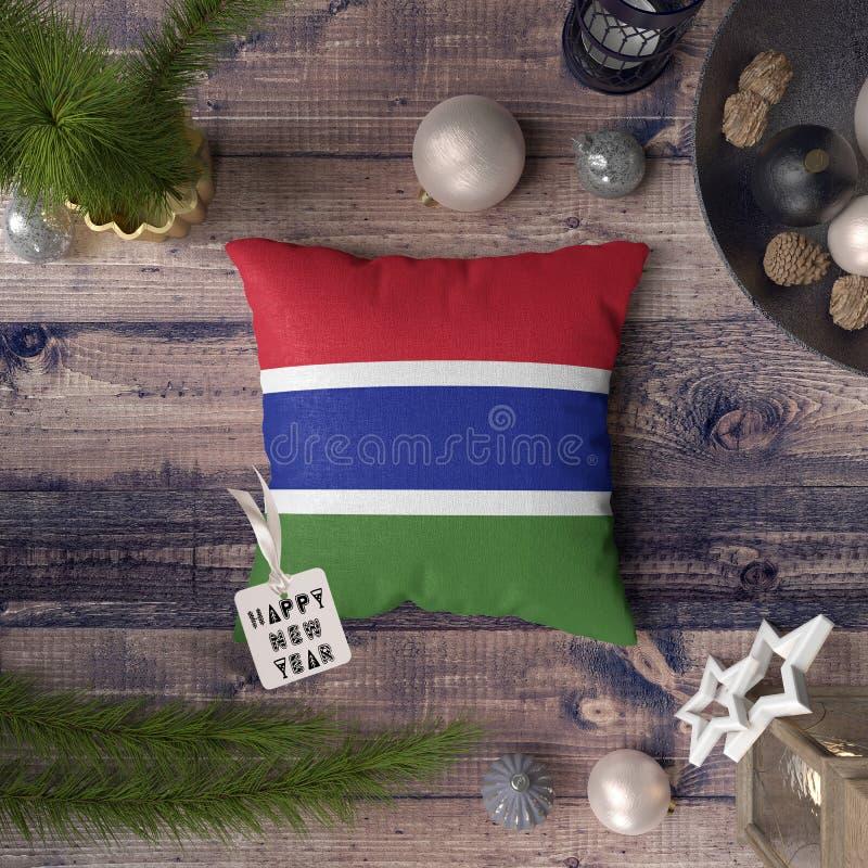 С Новым Годом! бирка с флагом Гамбии на подушке r стоковые изображения
