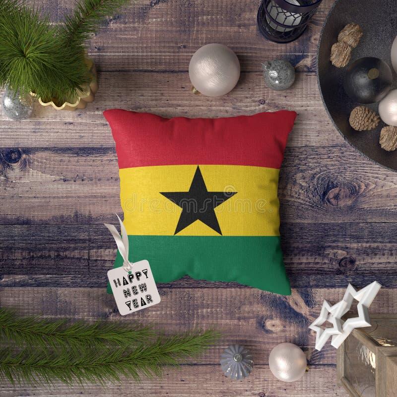 С Новым Годом! бирка с флагом Ганы на подушке r стоковое фото rf