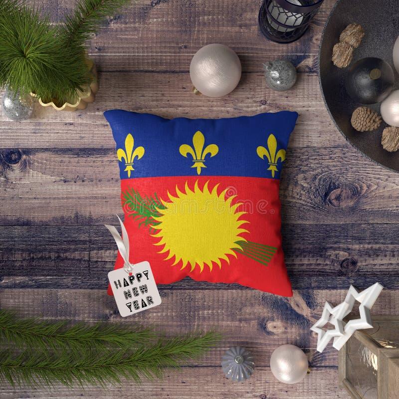 С Новым Годом! бирка с флагом Гваделупы на подушке r стоковое фото rf