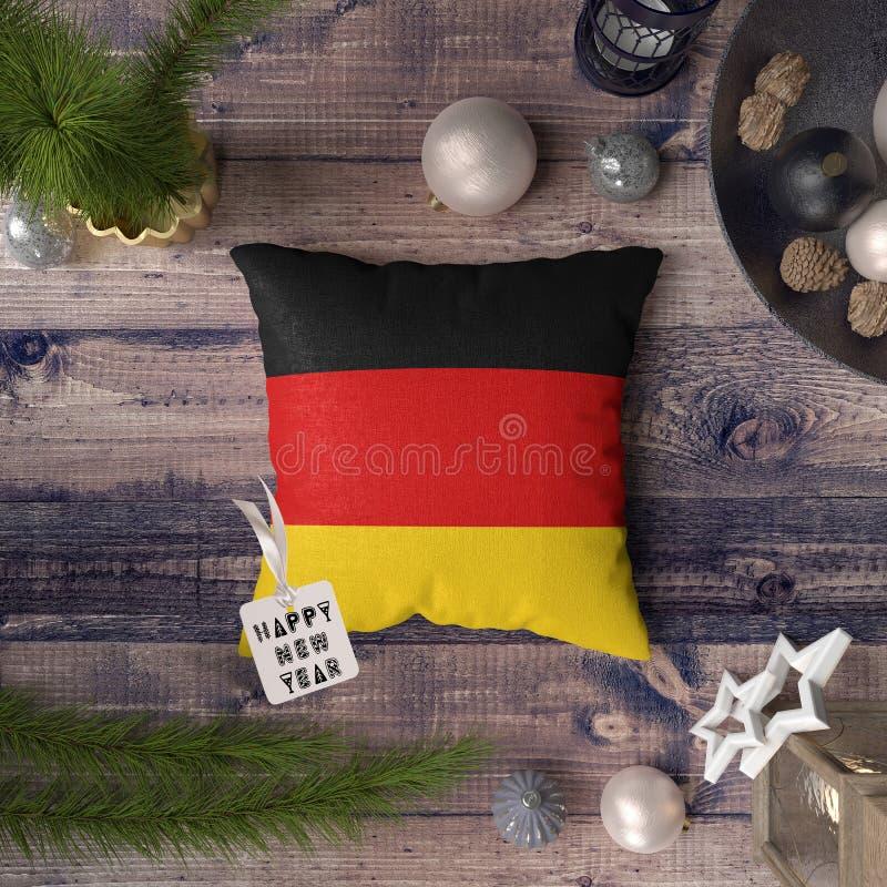 С Новым Годом! бирка с флагом Германии на подушке r стоковое изображение