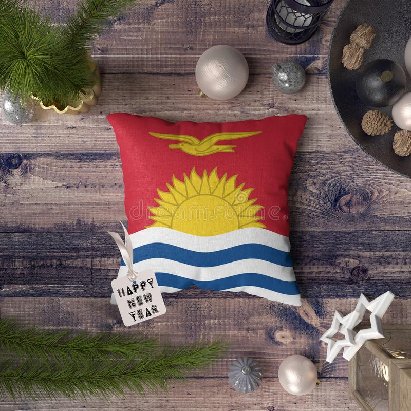 С Новым Годом! бирка с флагом Кирибати на подушке r стоковое изображение