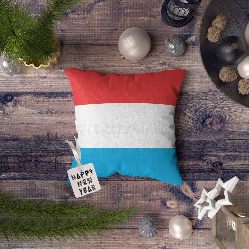 С Новым Годом! бирка с флагом Люксембурга на подушке r стоковые изображения rf