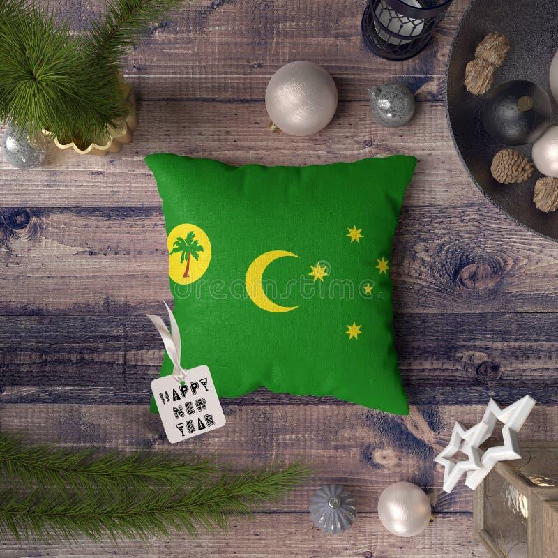 С Новым Годом! бирка с флагом острова Cocos на подушке r стоковые изображения