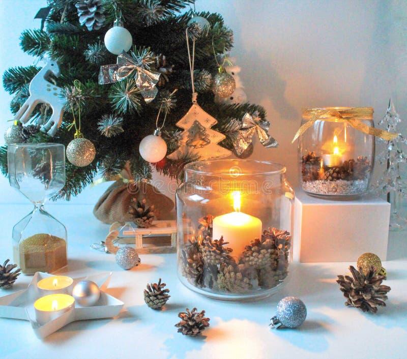 С Новым Годом! домашнее украшение стоковые фото