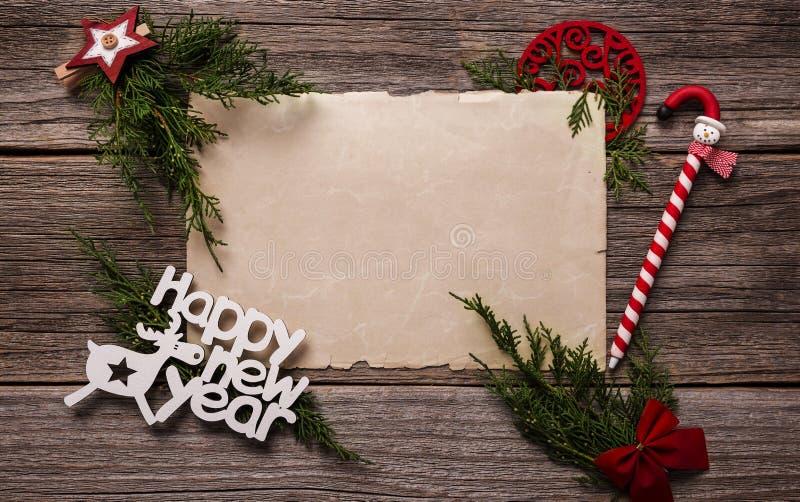 С Новым Годом! поздравительные открытки Состав на деревянных досках стоковое изображение