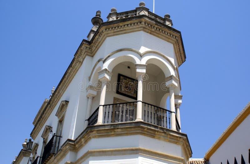 Сдобренный шестиугольный балкон с столбцами стоковое изображение rf