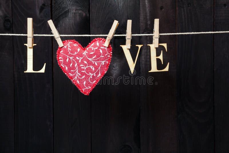 слово вектора сетки влюбленности градиента стоковое фото