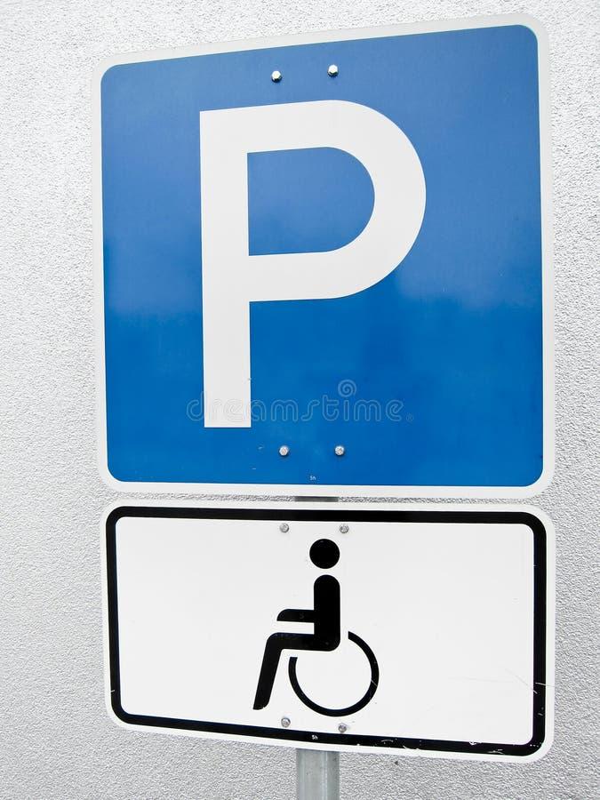 С ограниченными возможностями знак автостоянки (1) стоковые изображения rf
