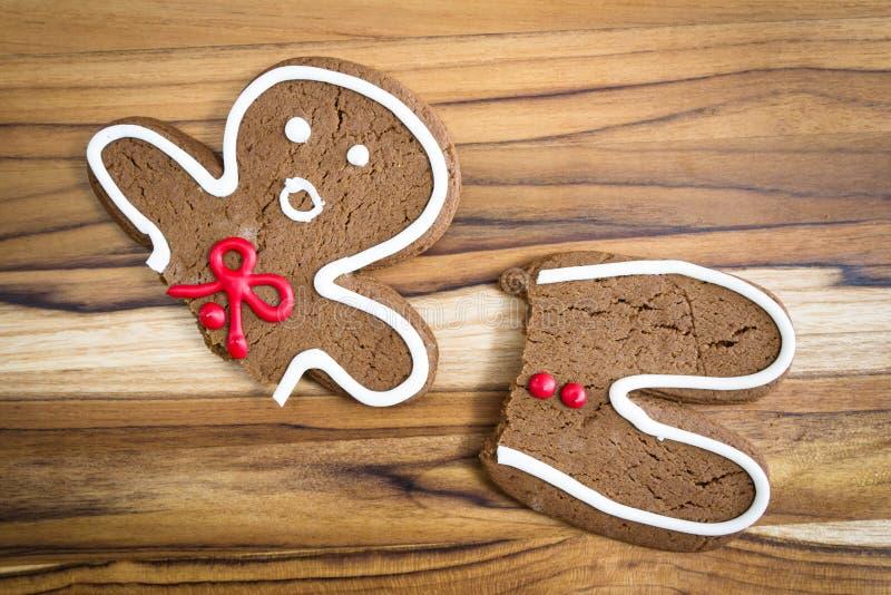 сломленный человек gingerbread стоковые фотографии rf