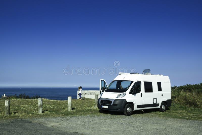 С motorhome в Бретани стоковые фотографии rf