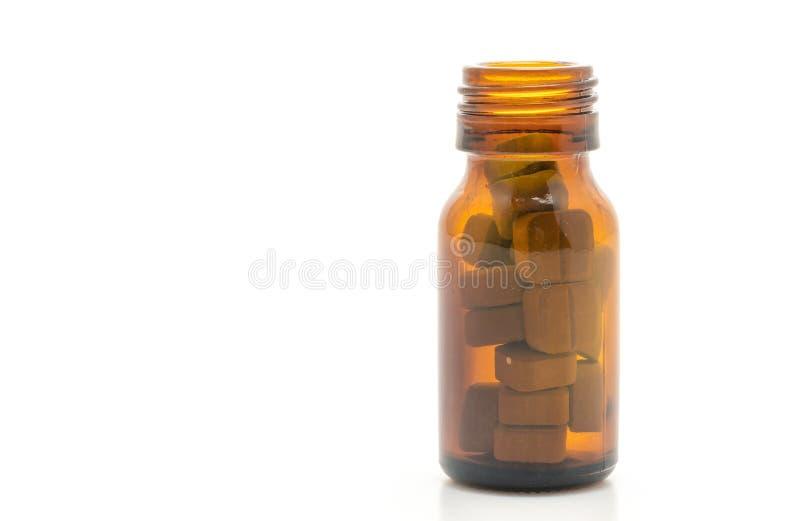 Таблетки, лекарства, фармация, медицина или медицинское планшетов на белой предпосылке стоковое изображение rf