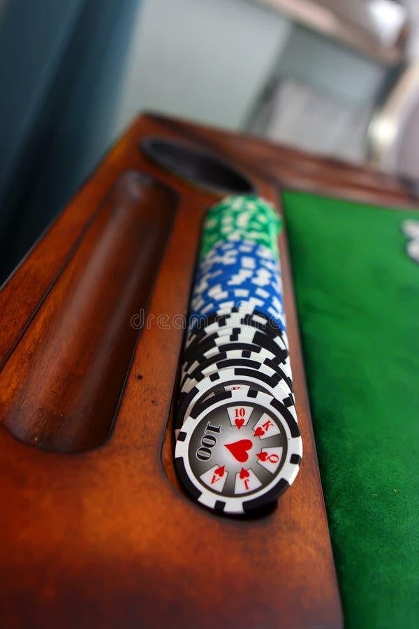 Download таблица покера стоковое фото. изображение насчитывающей добросердечно - 6851934