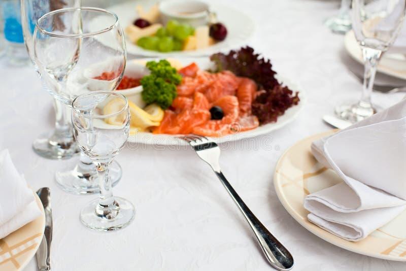 таблица ресторана обеда назначений стоковые фотографии rf