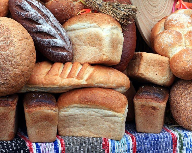 таблица хлеба стоковые фотографии rf