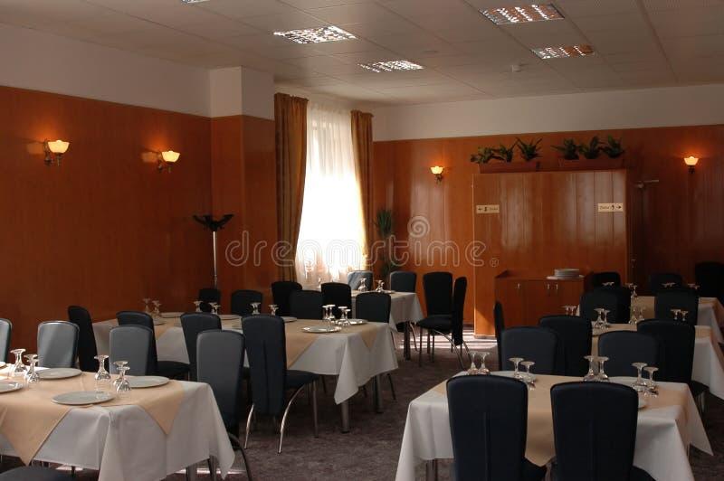 таблицы ресторана стоковое изображение rf