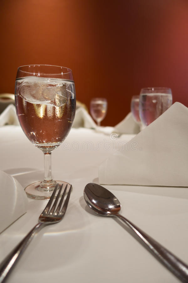 таблица комплекта обеда стоковое изображение