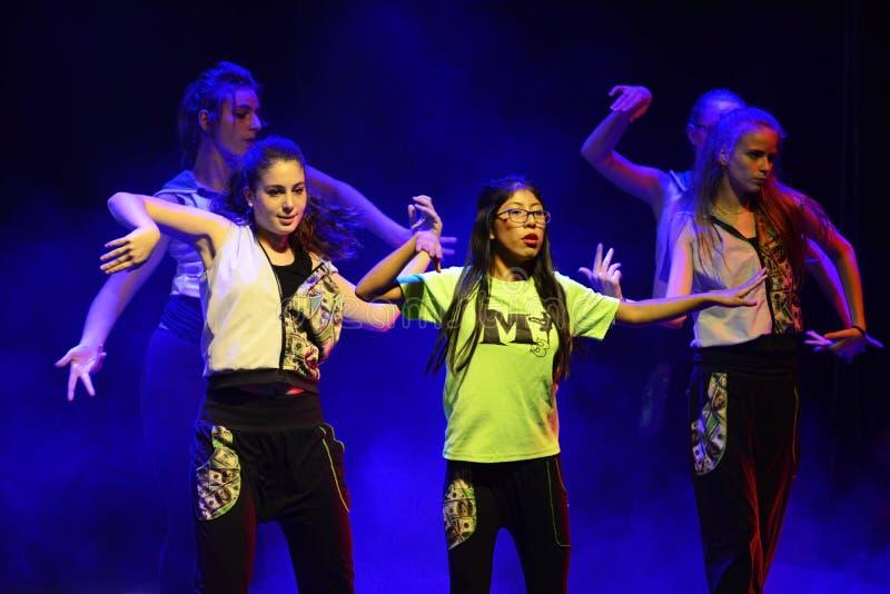 Тазобедренные танцоры хмеля стоковое фото