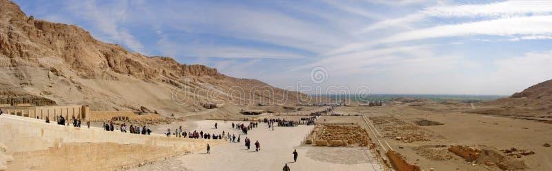Таз Deir el-Bahari на виске hatshepsut стоковая фотография