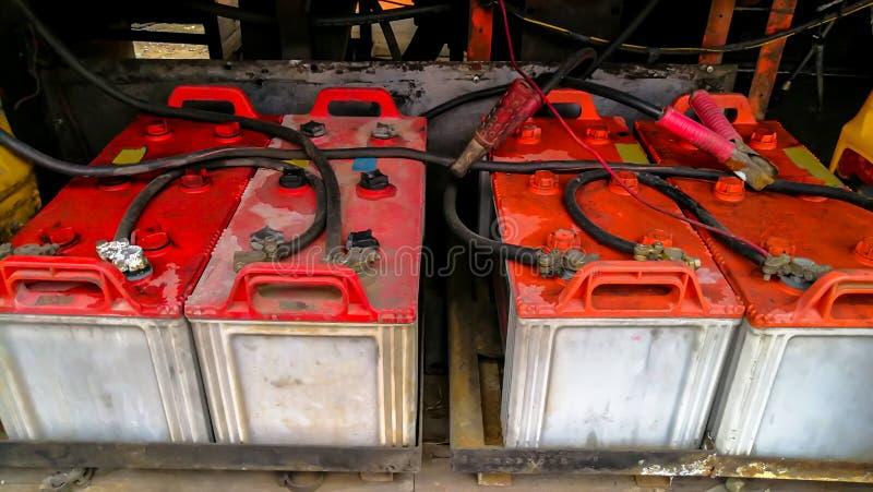 Таиланд, батарея, черный цвет, кабель, автомобиль стоковая фотография rf